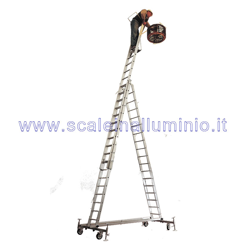 Scala in alluminio semiverticale su ruote con base e piano for Creatore di piano di base