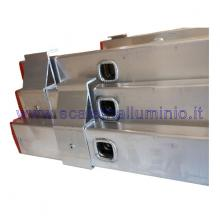 Scala in alluminio componibile allungabile 3 rampe 9 gradini particolare