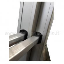 Scala con fune 2 rampe 10 gradini e base regolabile particolare innesto gradini
