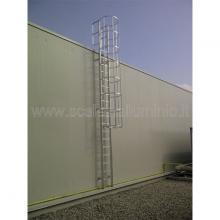 scala con gabbia di protezione particolare sbarco