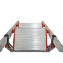 Sgabello in alluminio 2 gradini con vaschetta vista dall'alto