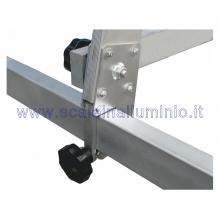 Scala in alluminio semiverticale su ruote 3 x 14 gradini - fissaggio regolabile
