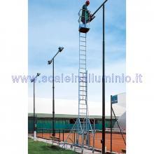 Scala in alluminio verticale con base e piano di lavoro allungabile con argano 2 x 14 - scala in opera