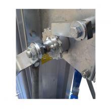 Elevatore a sfilo manuale - particolare argano di sollevaemtno con fune in acciaio